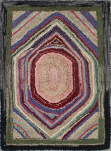 What Are American Hooked Rugs?